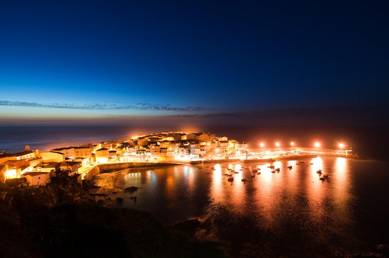 Puerto de Caión de noche